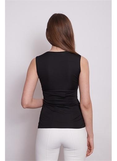 Jument Anvelop Kruvaze Önü Büzgülü Kolsuz Bluz -Fujya Siyah
